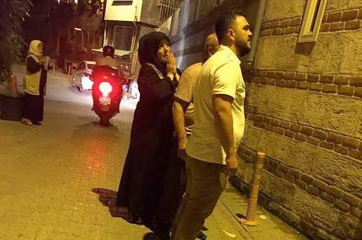 Bülent Ersoy gece yarısı Aziz Mahmud Hüdâyi Türbesi'ni açtırdı