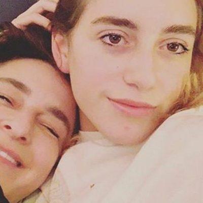Esra Dermancıoğlu'nun kızı kaç yaşında boşandığı eşi kimdir