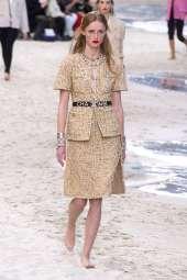 Rianne Van Rompaey Chanel Spring 2019 Ready-to-Wear