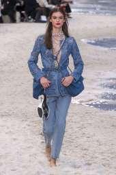 Sara Dijkink Chanel Spring 2019 Ready-to-Wear