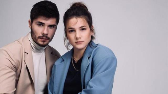 Barış Murat Yağcı, sevgilisi Nisa Bölükbaşı'na İstiklal Caddesi'nde evlenme teklifi etti