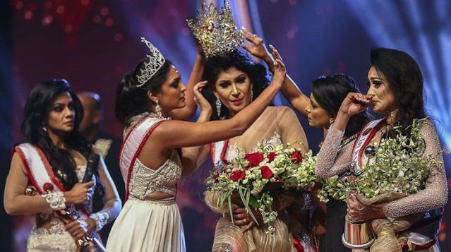 Yeni Sri Lanka güzelinin tacını zorla alan '2019 güzeli' gözaltına alındı