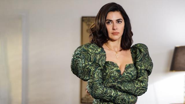 Nesrin Cavadzade'nin Yasak Elma'ya vedasının altından olay çıktı! Meğer yönetmenle kavga etmiş